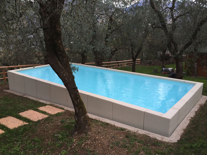 Piscine zannoni s r l for Piscine hors sol laghetto